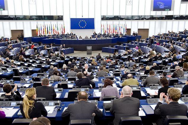 EU vs. Onlinehändler & Marktplätze