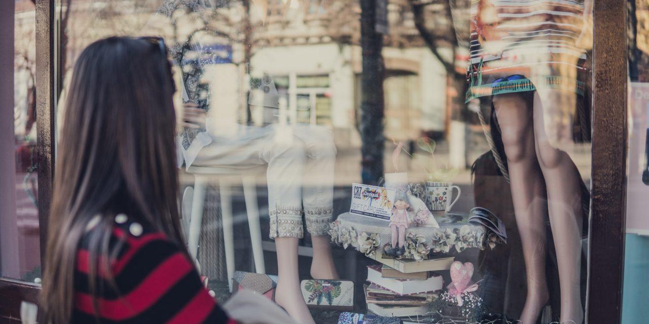 Facebook & Instagram gewinnbringend im Weihnachtsgeschäft einsetzen